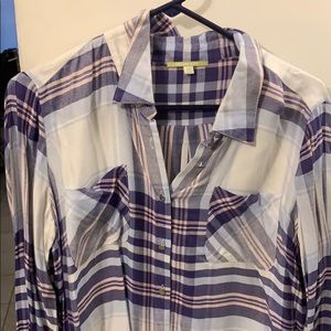 Gianni Bini button-down with metal buttons